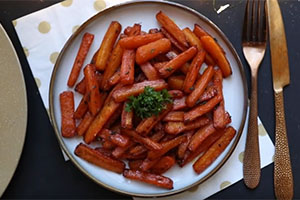 Maple Syrup & Thyme Carrot Chips By My Fussy Eater