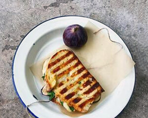 @food_to_glow: Fig, Comte & Rocket Panini