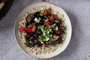 Air-fried vegetable stir fry